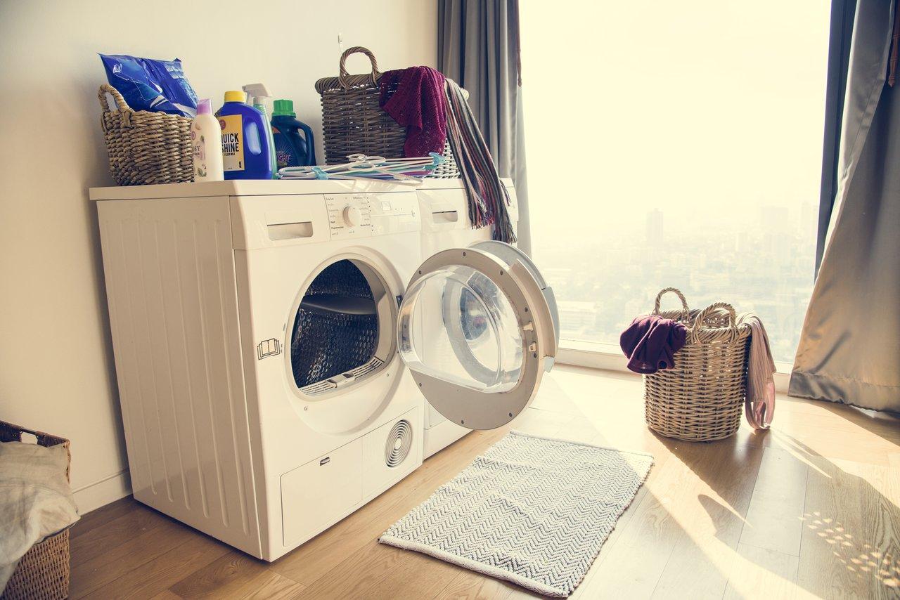 ¿Cómo eliminar el mal olor de la lavadora?